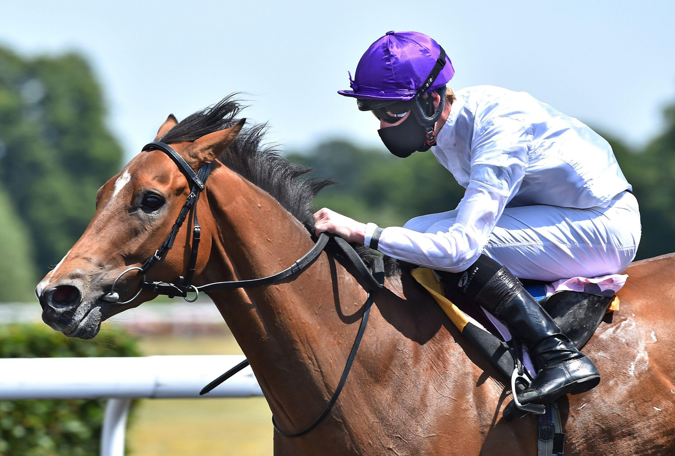 2EEYPH2 Olympic Conqueror (Daniel Muscutt) wins 13.35 The Unibet Money Back Free Bet If Second Handicap Stakes at Kempton Park, as racing resumes behind closed doors following the outbreak of the coronavirus disease (COVID-19), Sunbury-on-Thames, Britain, June 2, 2020. Hugh Routledge/Pool via REUTERS